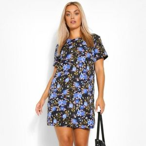 Boohoo New with Tags Blue Rose Printed Shift Dress